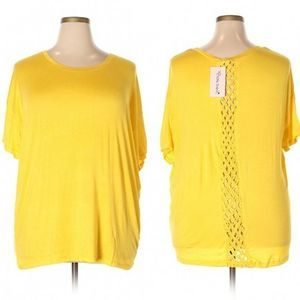 NWT Extra Touch Yellow Short Sleeve Top 2X